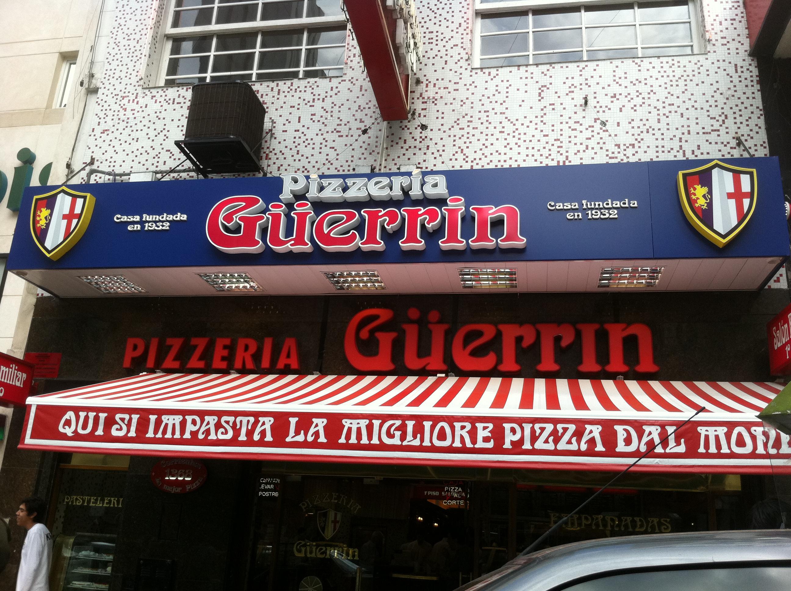 Pizzaria tradicional do país. Um bom lugar para se comer.