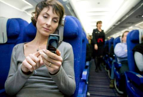 celular-no-aviao