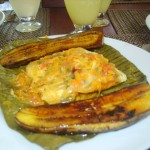 Patarasca (pescado preparado en hojas de platano).. delicioso!!