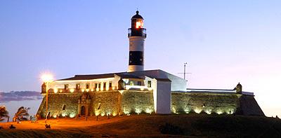 Farol da Barra, praia, informações.