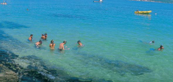 Praia de Bombas (Foto: Reprodução)