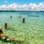 Água cristalina, céu azul, a ilha de Tinharé é um paraíso ( foto:reprodução)