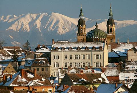 A Romênia reserva muitos palácios e pontos turísticos a seus visitantes