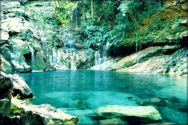 Image result for cachoeira Poço Azul – Brazlândia