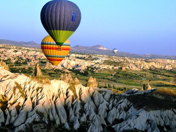 Os balões são uma ótima opção de passeio na Turquia.