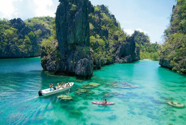 A Palawan Island faz jus a sua fama, ela é linda!