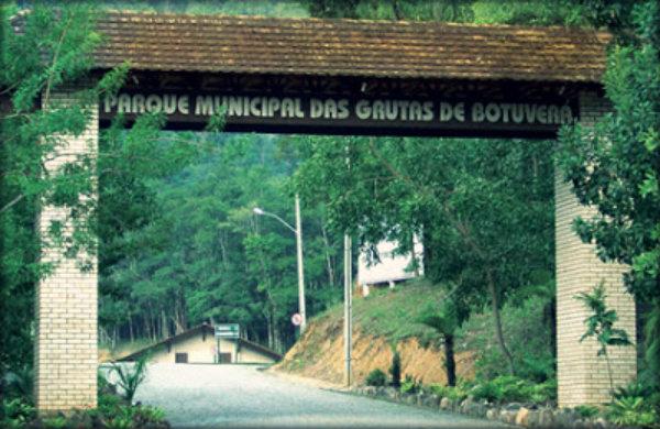 Gruta Botuvera SC