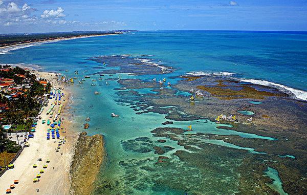 Porto de Galinhas é uma praia pernambucana.