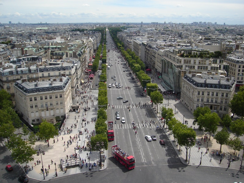 strasse in paris